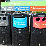 Recycling by eltpics (Llicència Flickr Creative Commons).